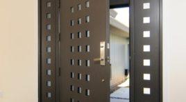 Jak postavit dům: Vyberte správné vchodové dveře