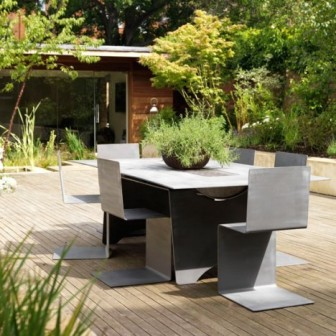 Modern-garden-furniture---Homes--Gardens housetohome.co.uk