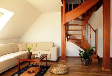 Schodnicové schodiště celodřevěné