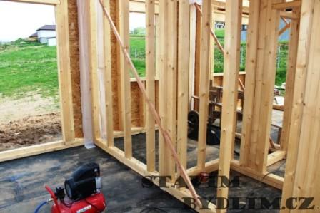 Sloupková konstrukce dřevostaveb