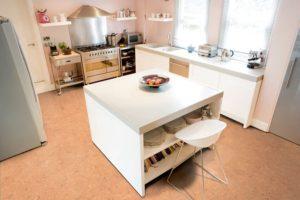 Korková podlaha v kuchyni