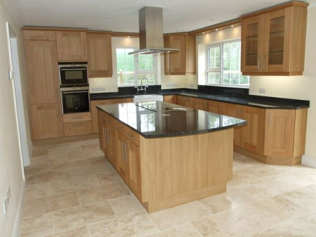 Keramická kuchyňská podlaha