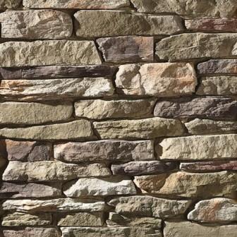 Kamenný obklad fasády domu