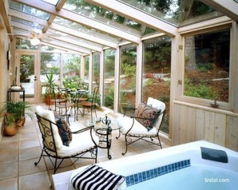 zimni zahrada s bazenem