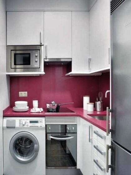 I docela malá kuchyň se dá designově ztvárnit