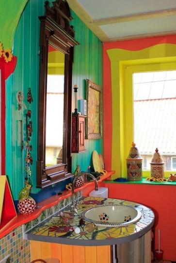 Hravá a barevná koupelna
