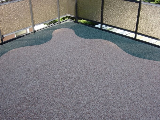 Kamínková podlaha na terase