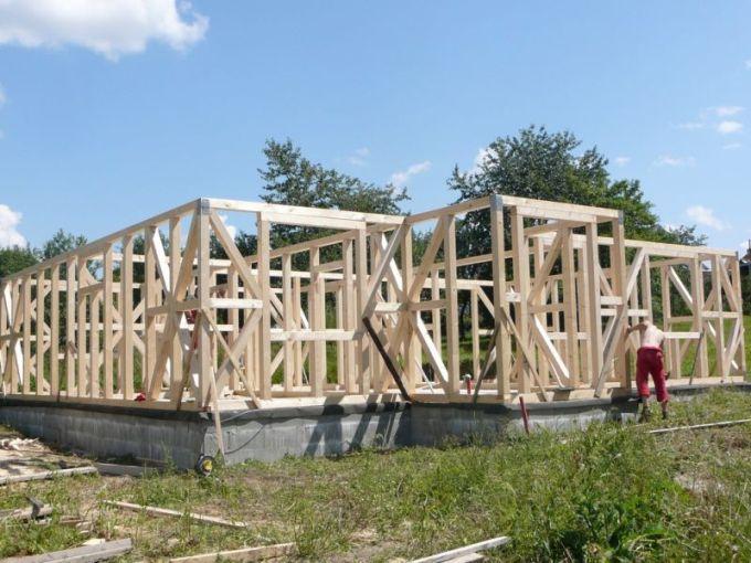 konstrukční systémy dřevostaveb