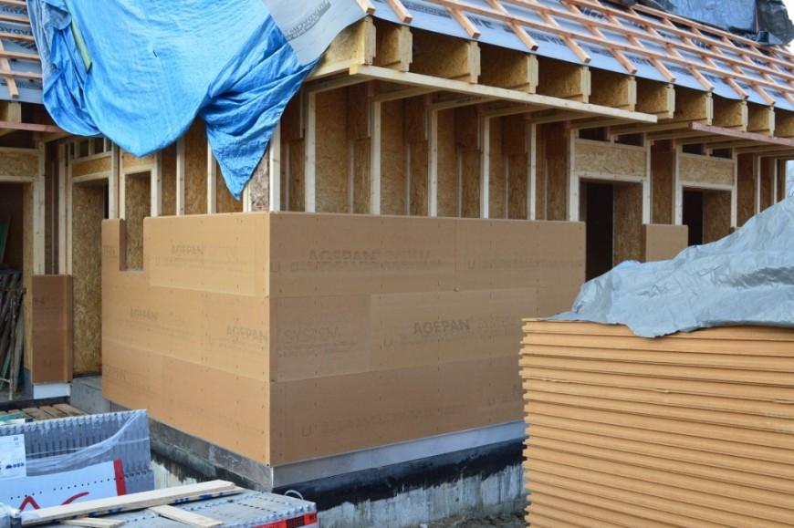 Zatelení rámové konstrukce dřevostavby z I-OSB nosníku