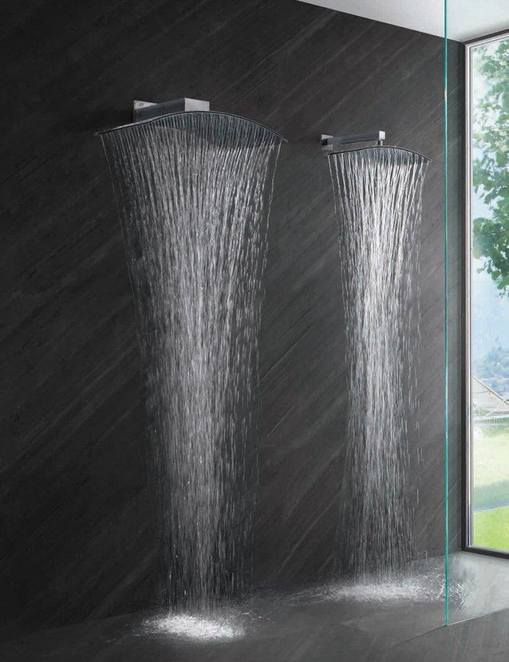 moderní nerezová sprchová hlavice