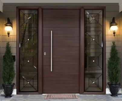 Dřevěné dveře vchodové designové