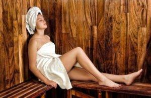 Stavba sauny svépomocí - výběr izolace, dřeva, typové sauny