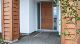 Na co se zaměřit při výběru vchodových dveří?