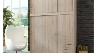 Výběr šatní skříně s posuvnými dveřmi