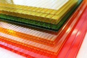 Polykarbonátové desky komůrkové barevné