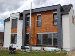 Nerezový komín lze často spatřit na moderních nízkoenergetických a pasivních domech