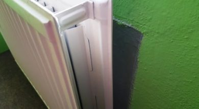 Odrazová fólie za radiátorem