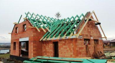 Dřevěný krov z naimpregnovaných konstrukčních prvků