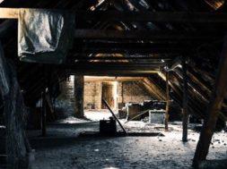 Co vyžaduje rekonstrukce podkroví