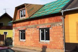 Zateplení střechy - střecha se střešními latěmi