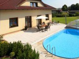 Zahradní bazén je dnes prakticky standardem