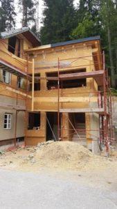 Dřevovláknitá izolace pro zateplení fasády domu