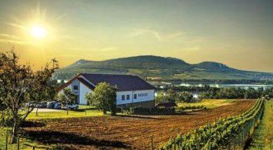 Stavební pozemky a domy na Moravě