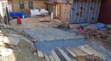 Pokládka zámkové dlažby – štěrk