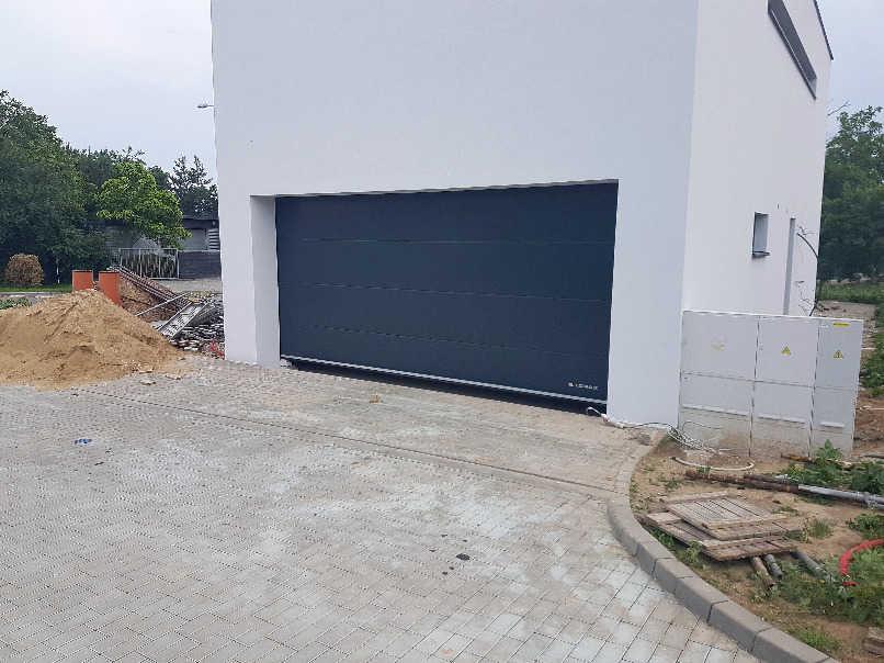 Stavba garáže - ohlášení stavby a územní souhlas