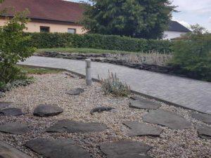 Drenážní beton se používá nejen pro přípravu podkladu pro pokládku zámkové dlažby
