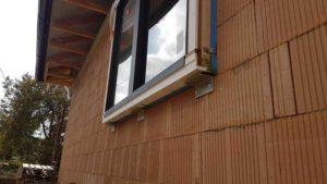 Předsazená montáž oken před zateplením fasády
