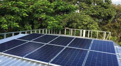 Fotovoltaické panely dodávají soběstačným domům elektřinu zejména pro vytápění