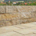Stavba plotu z betonových tvárnic BEST