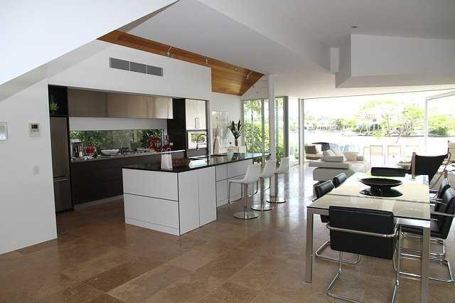 Suchá podlaha se využívá zejména v dřevostavbách a při rekonstrukci podkroví