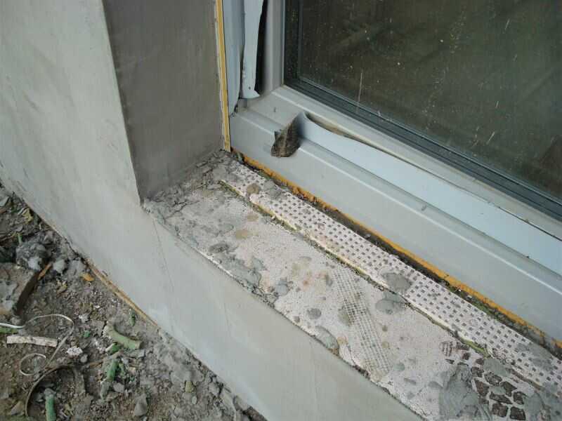 Výměna oken vyžaduje také výměnu vnitřních a vnějších parapetů