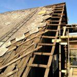 Výměna střešní krytiny – stavební povolení, demontáž a výběr střešní krytiny