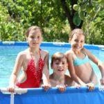 Plavková sezóna se blíží svému konci – víte, jak správně zazimovat bazén?