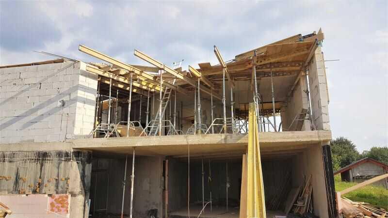 Železobetonové stropy na stavbě rodinného domu