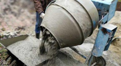 Míchání cementové omítky