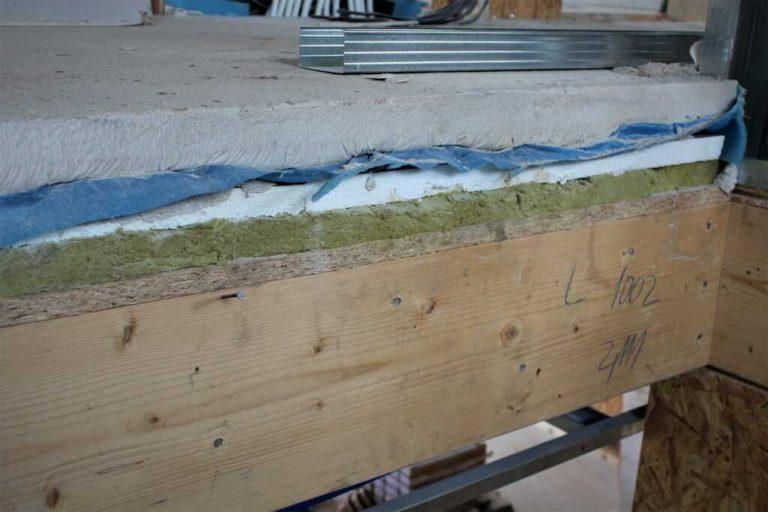 Zateplení podlahy na stropě