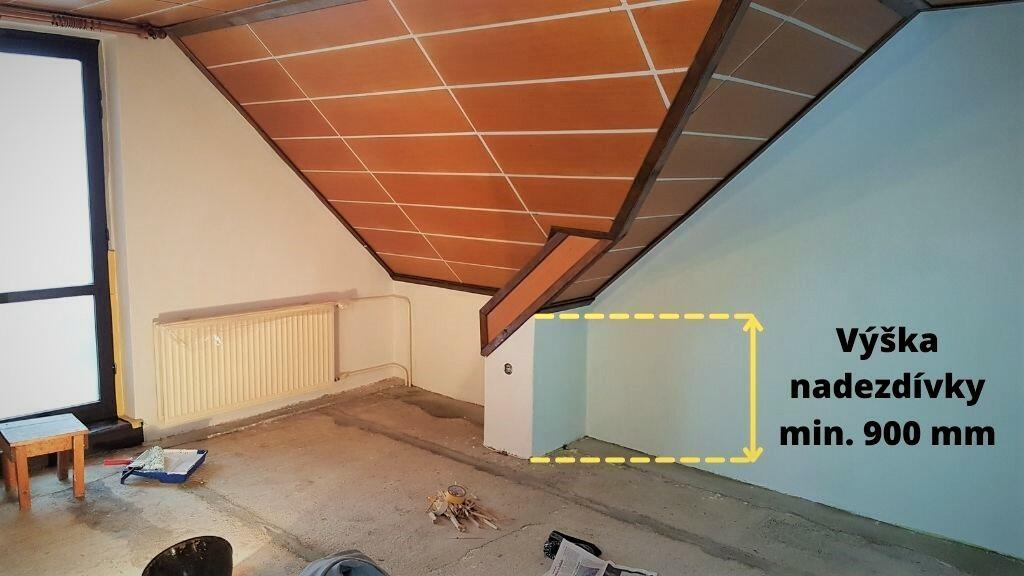 Výška nadezdívky podkroví by měla být optimálně 900 mm, aby byl prostor podkroví maximálně využit.