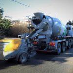 Kolik váží kubík betonu – hmotnost betonu a objemová hmotnost