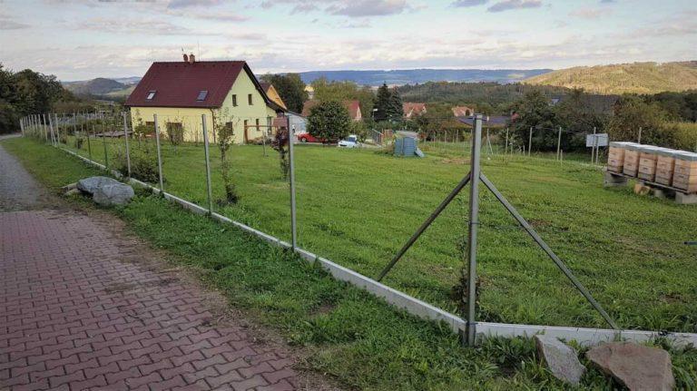 Zaměření pozemku - stavba plotu