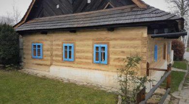 špaletová okna na roubence
